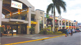 All the Great Finds in the Paseo Outlets Stores